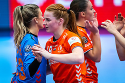 Tess Wester of Netherlands, Dione Housheer of Netherlands during the Women's EHF Euro 2020 match between Netherlands and Germany at Sydbank Arena on december 14, 2020 in Kolding, Denmark (Photo by RHF Agency/Ronald Hoogendoorn)