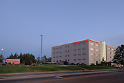 Morning photograph of OU Medical Center - Edmond branch.