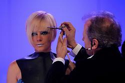 """Show """"Show Esculp Hair"""" por Fernando Alves durante a HAIR BRASIL 2012 - 12 ª Feira Internacional de Beleza, Cabelos e Estética, que acontece de 24 a 27 de março no Expocenter Norte, em São Paulo. FOTO: Jefferson Bernardes/Preview.com"""