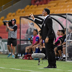 BRISBANE, AUSTRALIA - JANUARY 31: Brisbane Roar coach John Aloisi gives instructions during the second qualifying round of the Asian Champions League match between the Brisbane Roar and Global FC at Suncorp Stadium on January 31, 2017 in Brisbane, Australia. (Photo by Patrick Kearney/Brisbane Roar)