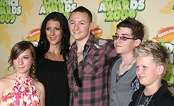 March 28, 2009 - Westwood, CA, U.S. - 28 March 2009 - Westwood, California - Chester Bennington of 'Linkin Park', wife Talinda Bentley and Family. Nickelodeon's 2009 Kids' Choice Awards held at UCLA Pauley Pavilion. Photo Credit: Michael Jade/AdMedia (Credit Image: © Michael Jade/AdMedia via ZUMA Wire)