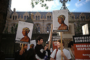 """Protesters on behalf of Kalahari Bushmen objecting to the  De Beers sponsorship. Vanity Fair magazine hosts the """"Diamonds"""" Private View and Launch Party at the Natural History Museum. July 6  London. ONE TIME USE ONLY - DO NOT ARCHIVE  © Copyright Photograph by Dafydd Jones 66 Stockwell Park Rd. London SW9 0DA Tel 020 7733 0108 www.dafjones.com"""