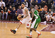 DESCRIZIONE : Milano campionato serie A 2013/14 EA7 Olimpia Milano Sidigas Avellino <br /> GIOCATORE : Daniel Hackett<br /> CATEGORIA : palleggio<br /> SQUADRA : Olimpia Milano<br /> EVENTO : Campionato serie A 2013/14<br /> GARA : EA7 Olimpia Milano Sidigas Avellino<br /> DATA : 29/12/2013<br /> SPORT : Pallacanestro <br /> AUTORE : Agenzia Ciamillo-Castoria/R. Morgano<br /> Galleria : Lega Basket A 2013-2014  <br /> Fotonotizia : Milano campionato serie A 2013/14 EA7 Olimpia Milano Sidigas Avellino<br /> Predefinita :