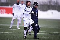 Fotball<br /> Tippeligaen<br /> Sandvika Stadion Kadattangen  26.01.13<br /> Bærum - Vålerenga VIF<br /> Mohamed Fellah går ned og ut med skade , et brudd i leggen , Fysio  Eirik Bjærke<br /> Foto: Eirik Førde