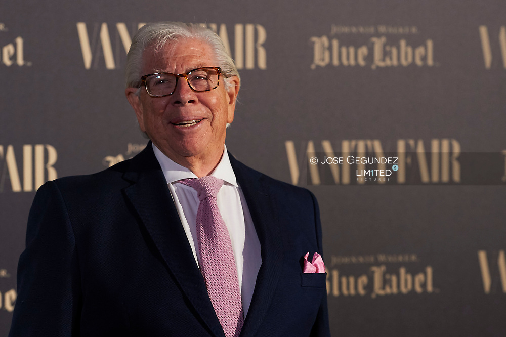 Carl Bernstein receive Vanity Fair International Journalism Award at Santo Mauro Hotel on October 10, 2017 in Madrid