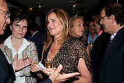 JANINE DI GIOVANNI; MARIE COLVIN, Book party for Janine di Giovanni's Ghosts by Daylight. Blake's Hotel. South Kensington. London. 12 July 2011. <br /> <br />  , -DO NOT ARCHIVE-© Copyright Photograph by Dafydd Jones. 248 Clapham Rd. London SW9 0PZ. Tel 0207 820 0771. www.dafjones.com.