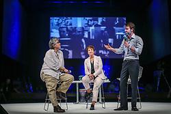 Eduardo Sirotsky Melzer, Sonia Bridi e Flavia Moraes durante o VOX - The Joy of Sharing, evento que  pretende provocar reflexões sobre o futuro da comunicação a partir do compartilhamento de conteúdo e experiências. FOTO: Jefferson Bernardes/ Agência Preview