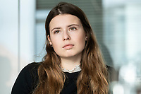 12 MAR 2020, BERLIN/GERMANY:<br /> Luisa Neubauer, Klimaschutzaktivistin, Fridays for Future, waehrend einem Interview, Redaktion Rheinische Post<br /> IMAGE: 20200312-01-008