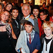 NLD/Amsterdam/20110907 - Premiere De President, familie Hans Dagelet, partner Esther Apituley, Tatum Dagelet, Mingus, broer, Dokus, Monk