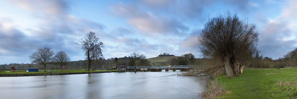 The River Thames at Day's Lock looking towards Wittenham Clumps, Oxfordshire, Uk