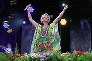"""Auftritt von Claudia Jung beim Open Air-Festival """"Der Berg bebt!"""" vom 15.07.2017 auf dem Plaun Grond, Flims."""