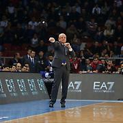 Anadolu Efes's Coach Dusan Ivkovic during their Turkish Airlines Euroleague Basketball Top 16 Round 5 match Anadolu Efes between Olympiacos Piraeus at Abdi ipekci arena in Istanbul, Turkey, Thursday January 29, 2015. Photo by Aykut AKICI/TURKPIX
