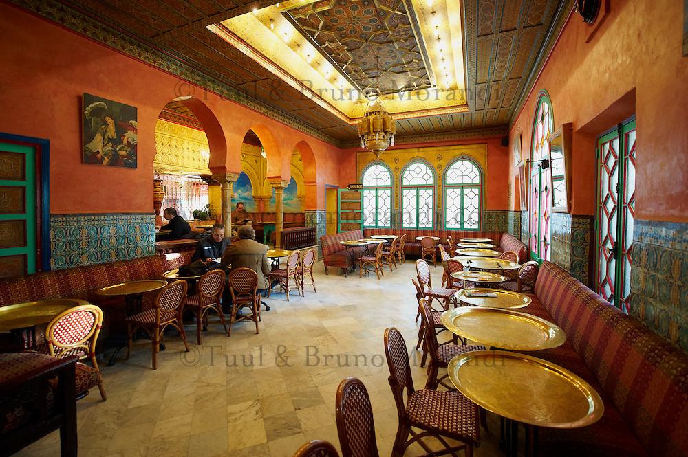 France, Paris (75), la Grande Mosquée de Paris, salon de the // France, Paris (75), Mosquee of Paris, tea house