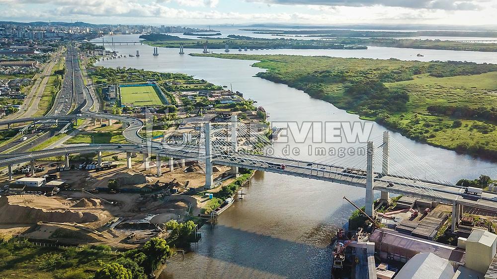 Ponte Estaiada, que liga Porto Alegre a  Canoas, sobre o Rio Gravataí. A BR-448, também chamada Rodovia do Parque é uma rodovia federal no Estado do Rio Grande do Sul, entre Sapucaia do Sul e Porto Alegre, a oeste da BR-116. FOTO: Jefferson Bernardes/ Agência Preview