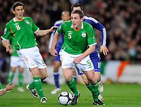 Fotball<br /> Irland v Frankrike<br /> Foto: DPPI/Digitalsport<br /> NORWAY ONLY<br /> <br /> FOOTBALL - FIFA WORLD CUP 2010 - PLAY OFFS - REPUBLIC OF IRELAND v  FRANCE - 14/11/2009<br /> <br /> RICHARD DUNNE (IRL)