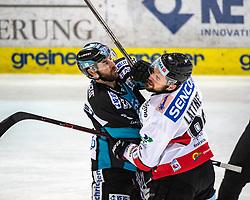 28.12.2018, Keine Sorgen Eisarena, Linz, AUT, EBEL, EHC Liwest Black Wings Linz vs HC Orli Znojmo, 32. Runde, im Bild v.l. Dan DaSilva (EHC Liwest Black Wings Linz), Jan Lattner (HC Orli Znojmo) // during the Erste Bank Eishockey League 32th round match between EHC Liwest Black Wings Linz and HC Orli Znojmo at the Keine Sorgen Eisarena in Linz, Austria on 2018/12/28. EXPA Pictures © 2018, PhotoCredit: EXPA/ Reinhard Eisenbauer