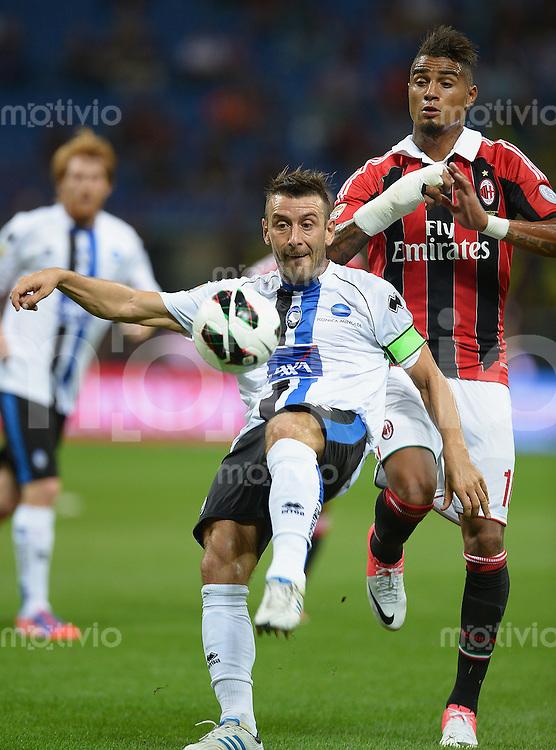FUSSBALL INTERNATIONAL   SERIE A   SAISON 2012/2013    AC Mailand - Atalanta  15.09.2012 Bellini Gianpaolo (li, Atalanta) gegen Kevin Prince Boateng (AC Mailand)