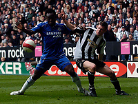 Photo: Jed Wee/Sportsbeat Images.<br /> Newcastle United v Chelsea. The Barclays Premiership. 22/04/2007.<br /> <br /> Chelsea's Michael Essien (L) holds Newcastle's James Milner at bay.