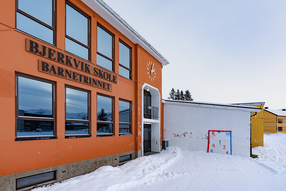 Bjerkvik skole barnetrinnet fasade.