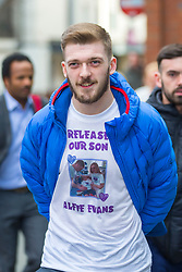 "© Licensed to London News Pictures. 01/02/2018. Liverpool UK. Tom Evans father of Alfie Evans at Liverpool Civil & Family Court today. Tom Evans and Kate James from Liverpool are in dispute with medics looking after their son 19-month-old son Alfie Evans, at Alder Hey Children's Hospital in Liverpool. Alfie is in a ""semi-vegetative state"" and had a degenerative neurological condition doctors have not definitively diagnosed. Specialists at Alder Hey say continuing life-support treatment is not in Alfie's best interests but the boy's parents want permission to fly their son to a hospital in Rome for possible diagnosis and treatment.Photo credit: London News Pictures"