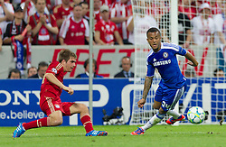 19.05.2012, Allianz Arena, Muenchen, GER, UEFA CL, Finale, FC Bayern Muenchen (GER) vs FC Chelsea (ENG), im Bild Philipp Lahm, (FC Bayern München #21) und Ryan Bertrand, (FC Chelsea, #34) during the Final Match of the UEFA Championsleague between FC Bayern Munich (GER) vs Chelsea FC (ENG) at the Allianz Arena, Munich, Germany on 2012/05/19. EXPA Pictures © 2012, PhotoCredit: EXPA/ Peter Rinderer