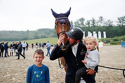 BALVE - Longines Balve Optimum 2021<br /> <br /> MEYER Tobias (GER), Greatest Boy - H<br /> Impression am Abreiteplatz<br /> Meisterehrung Deutsche Meisterschaft Springreiten<br /> LONGINES OPTIMUM PREIS<br /> Deutsche Meisterschaft Finalwertung Springreiten<br /> Springprüfung Kl. S**** mit 2 Umläufen<br /> <br /> Balve, Reitstadion Schloss Wocklum<br /> 05. June 2021<br /> © www.sportfotos-lafrentz.de/Stefan Lafrentz
