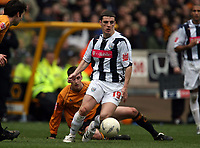 Photo: Rich Eaton.<br /> <br /> Wolverhampton Wanderers v West Bromwich Albion. The FA Cup. 28/01/2007. West Broms Jason Koumas attacks for West Brom as his team win 3-0 away