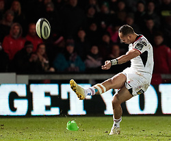 Ulster Rugby's Christian Lealiifano unsuccessfully  kicks at goal with the scores tied<br /> <br /> Photographer Simon King/Replay Images<br /> <br /> Guinness Pro14 Round 10 - Dragons v Ulster - Friday 1st December 2017 - Rodney Parade - Newport<br /> <br /> World Copyright © 2017 Replay Images. All rights reserved. info@replayimages.co.uk - www.replayimages.co.uk
