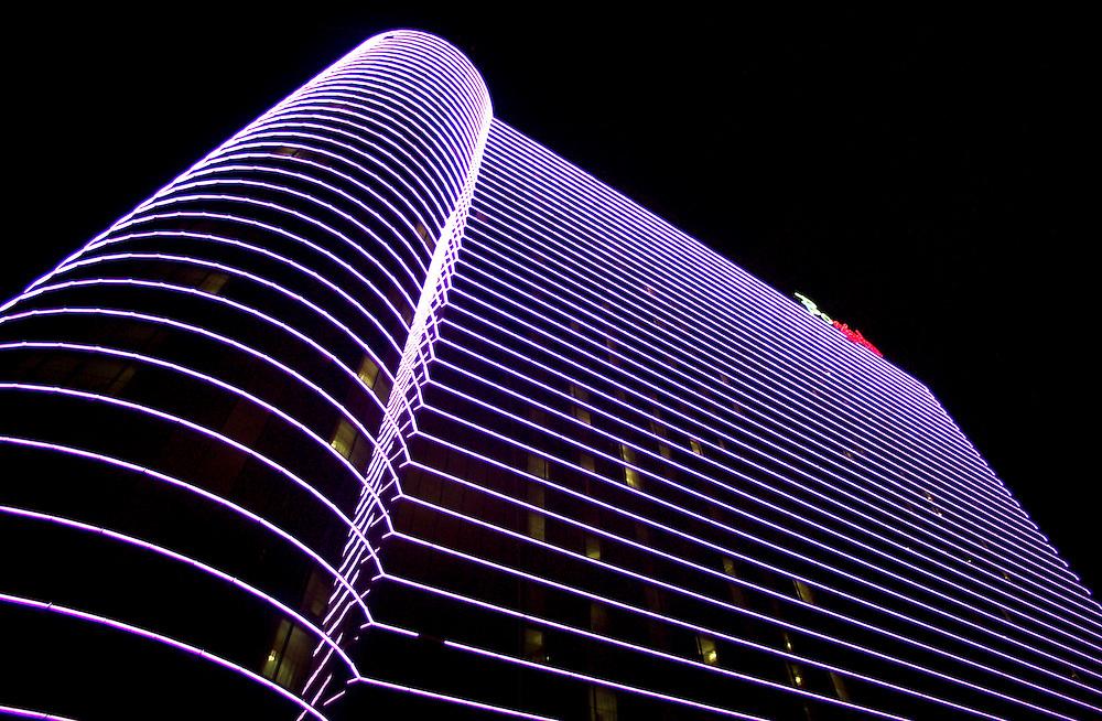 (PFEATURES) Atlantic City 10/23/2003  Exterior of the  Borgata Hotel and Casino.  Michael J. Treola Staff Photographer....MJT