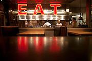 Taylor's Resfresher, Napa CA restaurant