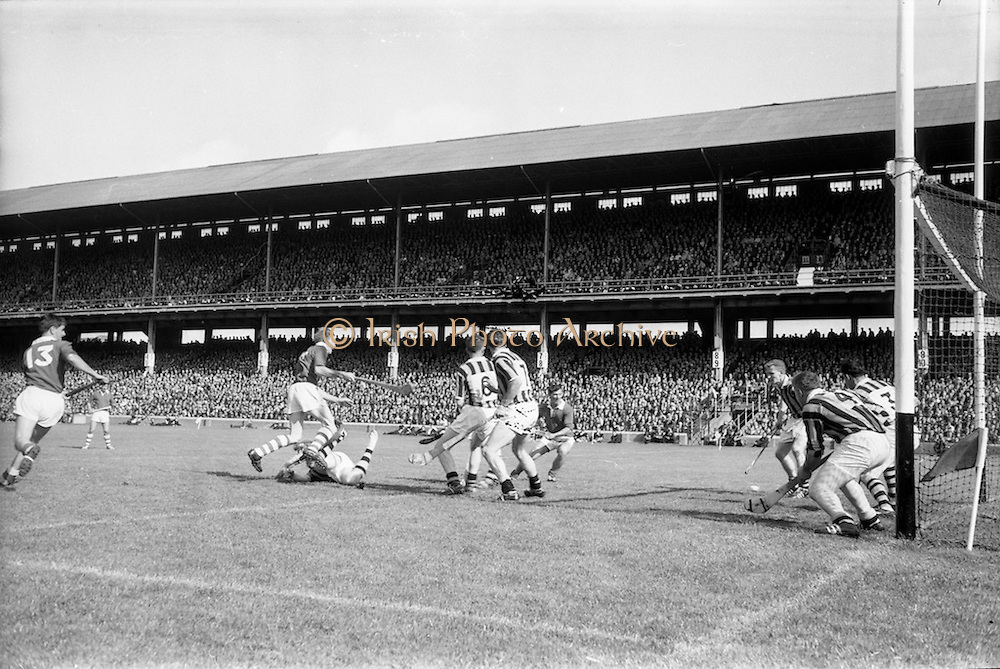 04/09/1966<br /> 09/04/1966<br /> 4 September 1966<br /> All-Ireland Senior Hurling Final: Kilkenny v Cork at Croke Park, Dublin.<br /> When a twenty-one yard free was stopped by Kilkenny defenders lining their own goal, the ball went to Cork full-forward, Sheehan (left), who shot from the side to score Cork's first goal.