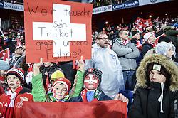 November 12, 2017 - Basel, Schweiz - Basel, 12.11.2017, Fussball WM Qualifikation Playoff - Schweiz - Nordirland, Scheizer Fans. (Credit Image: © Melanie Duchene/EQ Images via ZUMA Press)