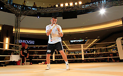 07.09.2011, Centrum Handlowe Magnolia Park, Warschau, POL, WBC, Training Vitali Klitschko und Tomasz Adamek, im Bild Tomasz Adamek // during a training session before the WBC world title fight between Vitali Klitschko and Tomasz Adamek in Warsaw, Poland on 07/09/2011. EXPA Pictures © 2011, PhotoCredit: EXPA/ Newspix/ Sebastian Borowski +++++ ATTENTION - FOR AUSTRIA/(AUT), SLOVENIA/(SLO), SERBIA/(SRB), CROATIA/(CRO), SWISS/(SUI) and SWEDEN/(SWE)