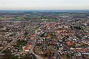 Nederland, Provincie, Plaats, 15-11-2010;.Overzicht centrum van Echt (L) met beneden midden de Sint-Landricuskerk. Overview of the city of Echt (South Netherlands)..luchtfoto (toeslag), aerial photo (additional fee required).foto/photo Siebe Swart