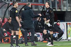 (L-R) coach John van den Brom of AZ, goalkeeper Diederik Boer of PEC Zwolle during the Dutch KNVB quarter final match between AZ Alkmaar and PEC Zwolle at AFAS stadium on January 31, 2018 in Alkmaar, The Netherlands