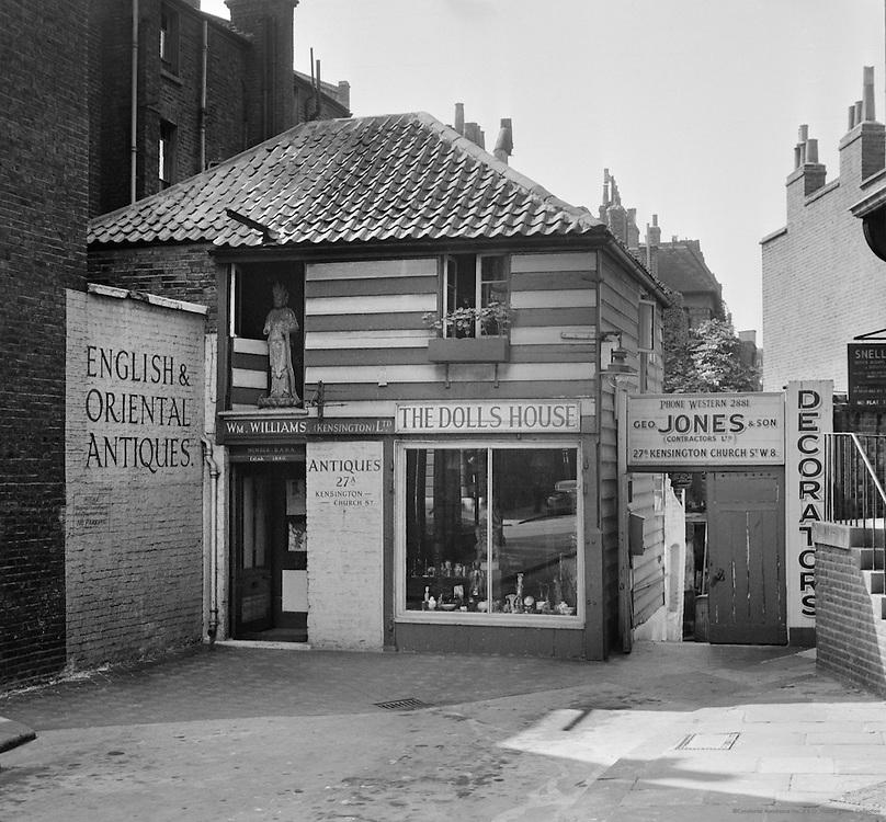 Doll's House, Church Street, Kensington, London, 1939