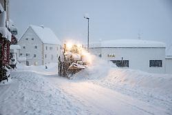 """THEMENBILD - Situation in Kals Ködnitz, aufgenommen am Samstag, 5. Dezember 2020, in Osttirol. Der Winter macht sich in Teilen Österreichs mit enormen Schnee- und Regenmengen bemerkbar. Die anhaltend starken Schneefälle sowie Sturm auf den Bergen haben in Osttirol die Lawinengefahr weiter ansteigen lassen. Der Lawinenwarndienst Tirol gab für Sonntag Stufe """"5"""", also die höchste Gefahrenstufe, aus. // Situation at the Koednitz, taken on Saturday, December 5, 2020, in East Tyrol. The winter is making itself felt in parts of Austria with enormous amounts of snow and rain. The continuing heavy snowfall and storms on the mountains have further increased the danger of avalanches in East Tyrol. The Avalanche Warning Service Tyrol issued level """"5"""", the highest danger level, for Sunday. EXPA Pictures © 2020, PhotoCredit: EXPA/ Johann Groder"""