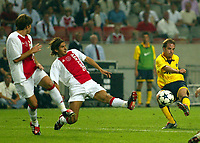 Photograph: Scott Heavey.<br />Ajax v Inter Milan. Amsterdam Cup at The Amsterdam ArenA. 03/08/2003.<br />Andy Van Der Meyde fires in a shot.