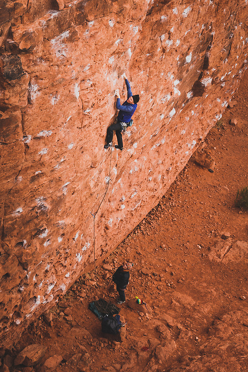 Paul Shilton climbing at Chuckawalla.
