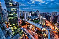 Ampang Park Shopping Complex (centre)