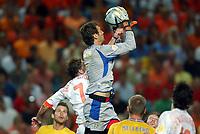 Fotball<br /> Euro 2004<br /> Portugal<br /> 26. juni 2004<br /> Foto: Dppi/Digitalsport<br /> NORWAY ONLY<br /> Kvartfinale<br /> Sverige v Nederland<br /> ANDREAS ISAKSSON (SWE)