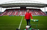 UTRECHT - JAN GIJZEN, grasmeester van FC Utrecht. COPYRIGHT KOEN SUYK