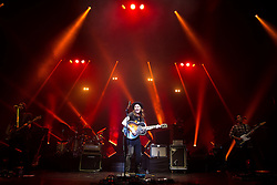 © Licensed to London News Pictures .22/09/2015 . Manchester , UK . JAMES BAY performs at the O2 Apollo in Manchester this evening (Tuesday 22nd September 2015) . Photo credit : Joel Goodman/LNP