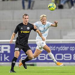 Jeppe Svenningsen (Vendsyssel FF) og Carl Lange (FC Helsingør) under kampen i 1. Division mellem FC Helsingør og Vendsyssel FF den 18. september 2020 på Helsingør Stadion (Foto: Claus Birch).