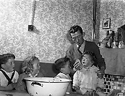 Mr and Mrs Courage and Family (twins) at Ballyfermot Crescent, Dublin City .12/10/1958 .