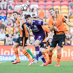 BRISBANE, AUSTRALIA - OCTOBER 30: Thomas Kristensen of the roar challenges with Brandon Wilson of the Glory during the round 4 Hyundai A-League match between the Brisbane Roar and Perth Glory at Suncorp Stadium on October 30, 2016 in Brisbane, Australia. (Photo by Patrick Kearney/Brisbane Roar)