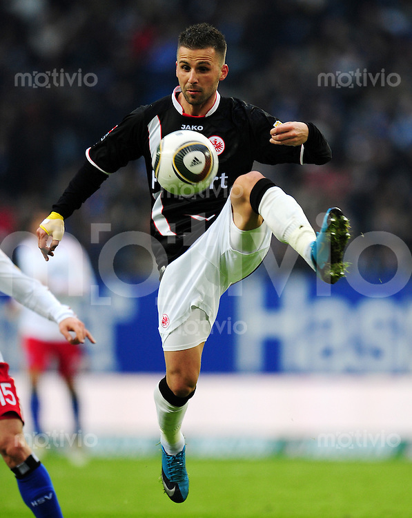 FUSSBALL  1. BUNDESLIGA   SAISON 2009/2010  23. SPIELTAG Hamburger SV - Eintracht Frankfurt                       20.02.2010 Benjamin KOEHLER (Eintracht Frankfurt)