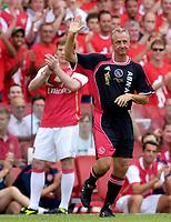 Photo: Daniel Hambury.<br />Arsenal v Ajax. Dennis Bergkamp Testimonial. 22/07/2006.<br />Dutch legand Johan Cruyff comes on.