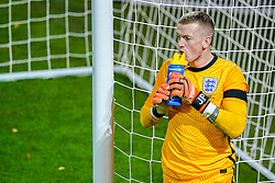 LEUVEN, BELGIUM - Sunday, November 15, 2020: England's Jordan Pickford drinks from a plastic bottle during the UEFA Nations League Group Stage League A Group 2 match between England and Belgium at Den Dreef. (Pic by Jeroen Meuwsen/Orange Pictures via Propaganda)
