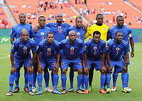Fotball<br /> 12.07.2013<br /> Foto: imago/Digitalsport<br /> NORWAY ONLY<br /> <br /> July 12, 2013: Haiti s Team poses for the tea, picture prior to the Trinidad and Tobago v Haiti in the CONCACAF Gold Cup Game at Sun Life Stadium in Miami Gardens, Florida. <br /> Lagbilde Haiti